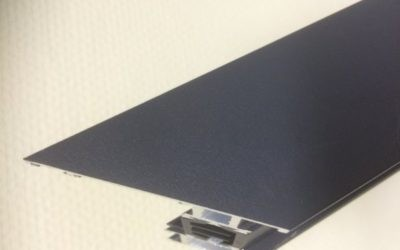 Krótkookresowa folia ochronna – łatwo i czysto usuwalne zabezpieczenie wymagających powierzchni